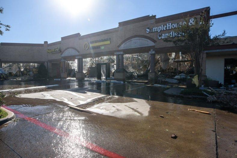 D-Magazine-Tornado-aftermath-102119-Bret-Redman-075-1200x801